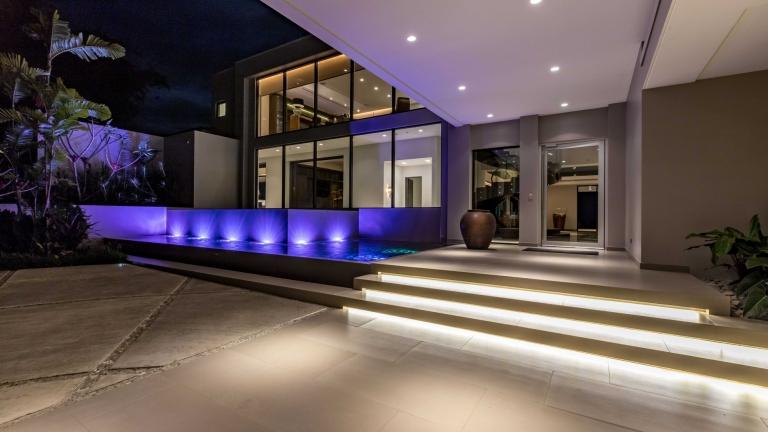 luxury real estate properties