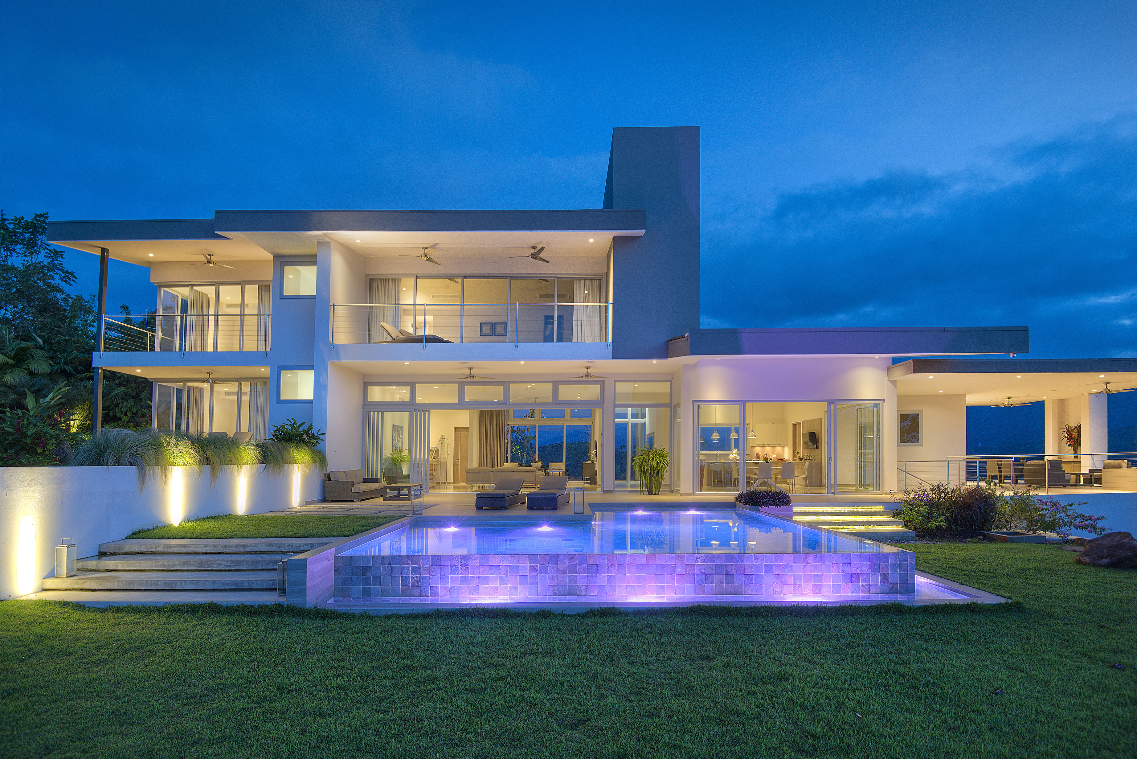 sierra collection meridian house by axiom costa rica